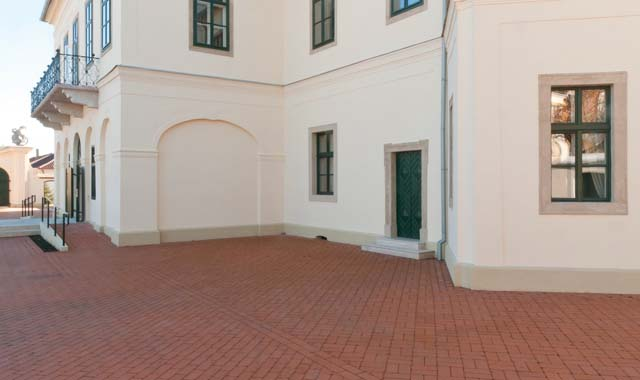 Semmelrock Penter Siena térburkoló klinkertégla világosvörös antik