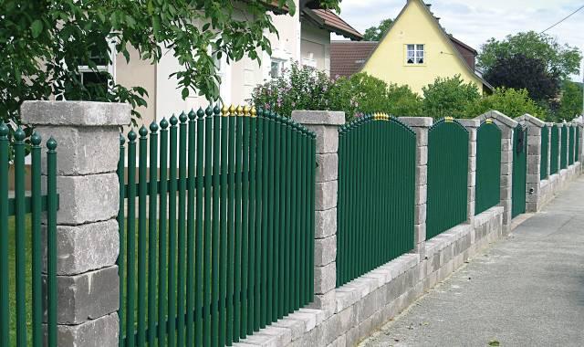 Semmelrock Castello kerítés szürke normálkő