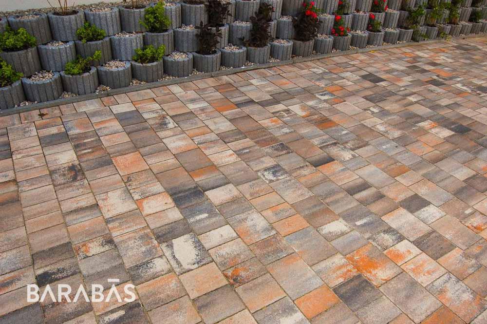 Barabás Badacsony terra-antracit térkő
