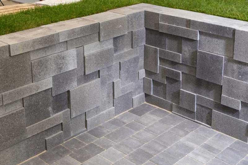 Leier Movado falazókő