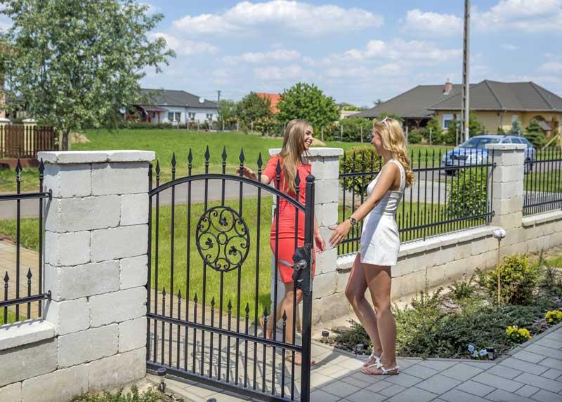 Leier Antik kerítéskő creme