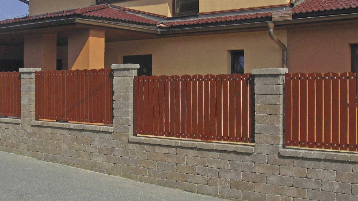 Semmelrock Castello kerítés vörös-barna