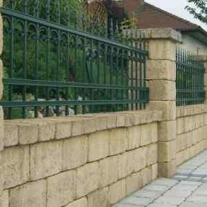 Semmelrock Castello kerítés homok-sárga normálkő